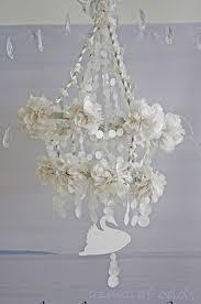a pretty pearl paper pajaki