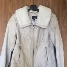 55% off ANA Outerwear - White Quilted Leather Jacket w/ Fur Accent ... & White Quilted Leather Jacket w/ Fur Accent Collar Adamdwight.com