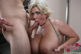Blow huge job mature tit