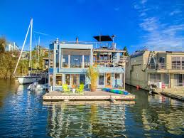 This floating home in Washington has some serious perksnamely, a setting  that puts