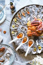 How To Throw A Raw Seafood Party ...