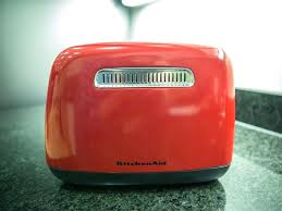 red 4 slice toaster view full gallery kitchenaid empire red 4 slice toaster kmt4115er