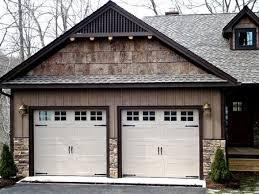 paint garage doorShould I Paint my Garage Door