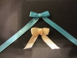 How to make a Bow with Ribbon and a Fork- Quick and Easy