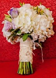 73 best english garden wedding bouquets images on pinterest Wedding Flowers Raleigh Nc white flowers with a touch of purple artistic wedding flowers martha raleigh nc