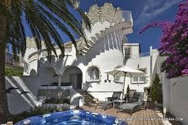 belle maison sur le grand c avec amarre et piscine