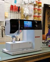 Service Bernina Sewing Machine