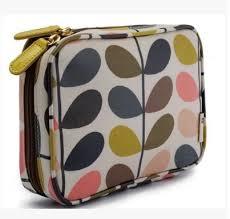 2016 uk brand travel cosmetic bag zipped makeup handbag printed toiletry kits