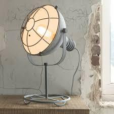 Industriële Tafellamp De Industriële Stoere Tafellamp Delta Rond