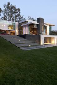 Whipple Russell Architects developed Summit Home, which is found in Beverly  Hills, California- modern architecture design ideas