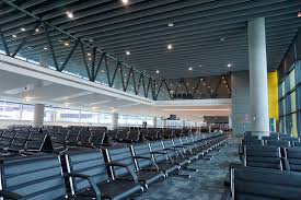 You can stay for 20 minutes for free. Melbourne Airport Travel Guide At Wikivoyage