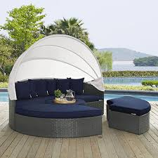 Ulitmate Guide to the Best Outdoor Daybed - OutdoorMancave.com