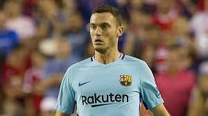 Barcelona Thomas Vermaelen Presented With New Barcelona
