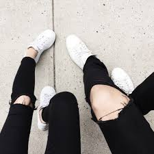 F I G T N Y   Fashion, Style, Ripped knee jeans