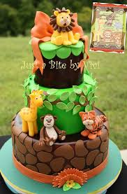 Jungle Baby Shower Party Ideas  Party Cupcakes Baby Shower Baby Shower Safari Cakes