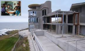Grand Designs Uk 2017 Grand Designs Unfinished Lighthouse Causes Debt And