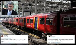 South Western Railway staff are set to cause <b>Christmas</b> strike chaos ...