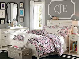 gray wall paintArtsy Room Decor Small Teenage Girl Bedroom Interior With Gray