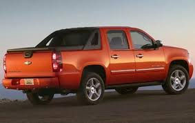 2011 Chevrolet Avalanche - Information and photos - ZombieDrive