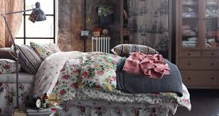 Shabby Chic Childrens Bedroom Furniture Shabby Chic Bedroom Design With Flower Pattern Bed Cover From Ikea