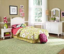 kid room kid room large green area rug under feminine twin bed with yellow fl bedding set for