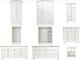 Shabby Chic White Bedroom Furniture Versailles White Painted Shabby Chic Bedroom Furniture Wardrobe