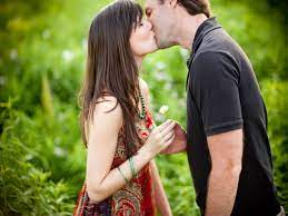 Free download Couple First Kiss HD ...
