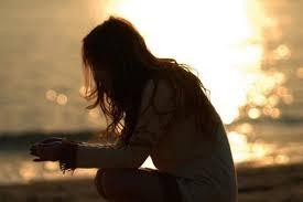 Resultado de imagem para uma mulher com dor na alma
