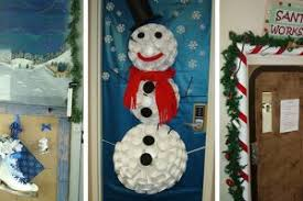 Christmas office door decorating Preschool Christmas Office Door Decorations Apartmanidolorescom Christmas Office Door Decorations Bedroom Furniture