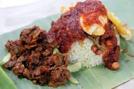 but i hit jackpot when i discovered pak angah nasi lemak his kerang sambal is one of his signatures the other being paru and their famous ayam sambal and