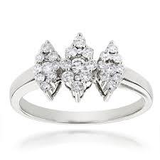 14k gold las cer diamond ring 063ct three stone ring design mainwh jpg