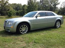 2006 Chrysler 300 Bolt Pattern