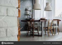 Schicke Industrielle Esszimmer Design Stockfoto