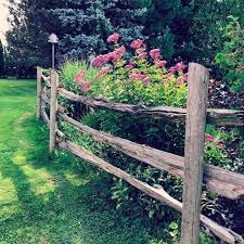 Split rail landscaping is a way to take one's yard to the next level. 17 Beautiful Garden Fence Ideas
