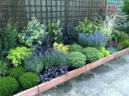 Front Yard Garden Design Delectable Best Bushes For Front Yard Timothygrossman