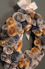 Christmas Paper Flower Wreath Paper Flower Wreath Pearls In The Middle Could Do Christmas