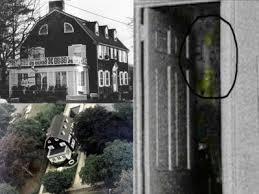 dans notre dossier exclusif consacré au mythe des maisons hantées 1 nous avions étudié le cas amityville une ville du nord est de new york