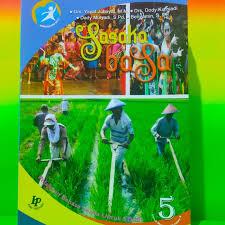 Pangrumat basa sunda kelas 5 sd kurikulum 2013 warangka basa sunda sd mi kelas 6 k13 shopee indonesia. Jual Buku Kelas V Bahasa Sunda Sasaka Basa Kota Depok A Rigin Books Tokopedia