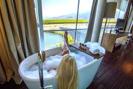 best bath tubs 5 bathtubs freestanding best bath tubs
