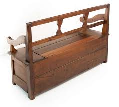 Bowback BenchQuaker Bench