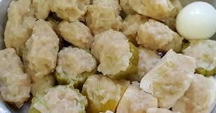 Resep siomay bandung asli selalu menggunakan daging ikan tenggiri spesial sebagai bahan daging utamanya. Siomay Labu Siam Belajar