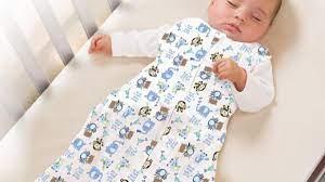 Cách mặc đồ chuẩn cho bé sơ sinh, không lo bé nóng lạnh