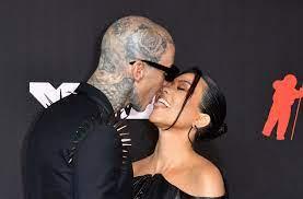 MTV VMAs 2021: Kourtney Kardashian ...