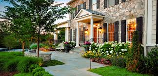 Decorative Stones For Flower Beds Outdoor Flower Beds In Front Of House Outstanding Green
