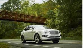 2018 bentley bentayga. modren bentley why the 2018 bentley bentayga justifies price tag one time use only for bentley bentayga