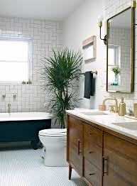 Before & After: A Modern, Wheelchair-Accessible Bathroom | Design ...