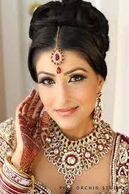 traditional indian wedding hairstyles 18 indian makeup and Indian Wedding Makeup And Hair 736 × 1104 in 27 indian wedding indian wedding makeup and hair