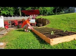 how to build raised garden square