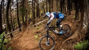 giant bicycles launches all new range of reign enduro bikes