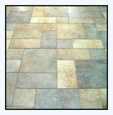 Anti-slip product for exterior tiles